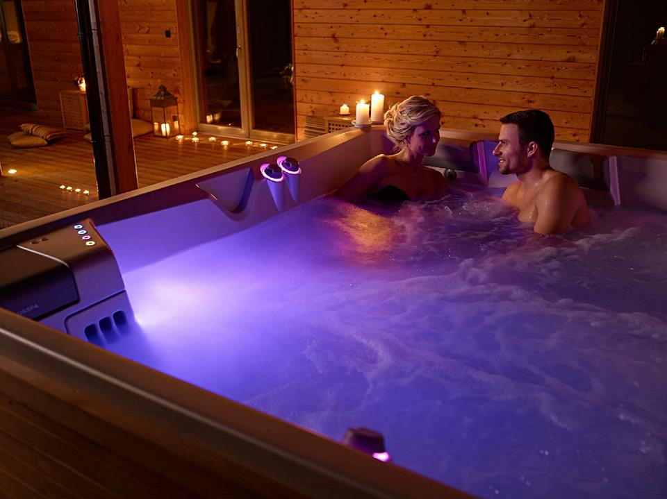 Valentinstag_Hydr-Whirlpools-Usspa