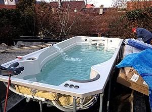 Whirlpools swimspa ausstellung hydro whirlpools blog for Swimmingpool abverkauf